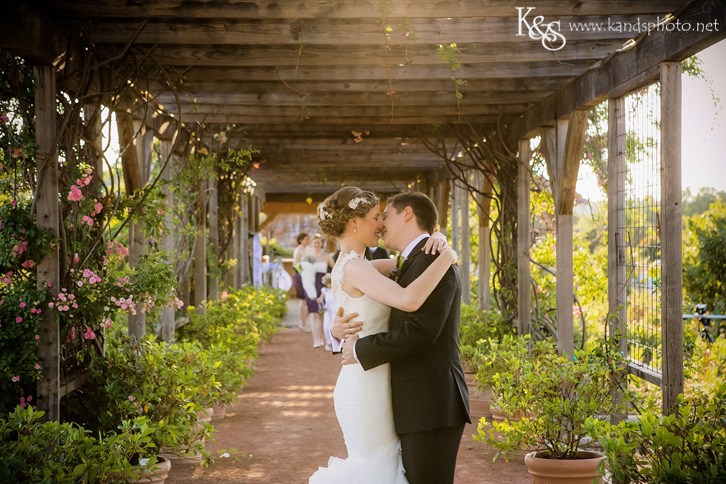 Clark Gardens Wedding in Weatherford by Dallas Wedding Photographers - K & S Photography